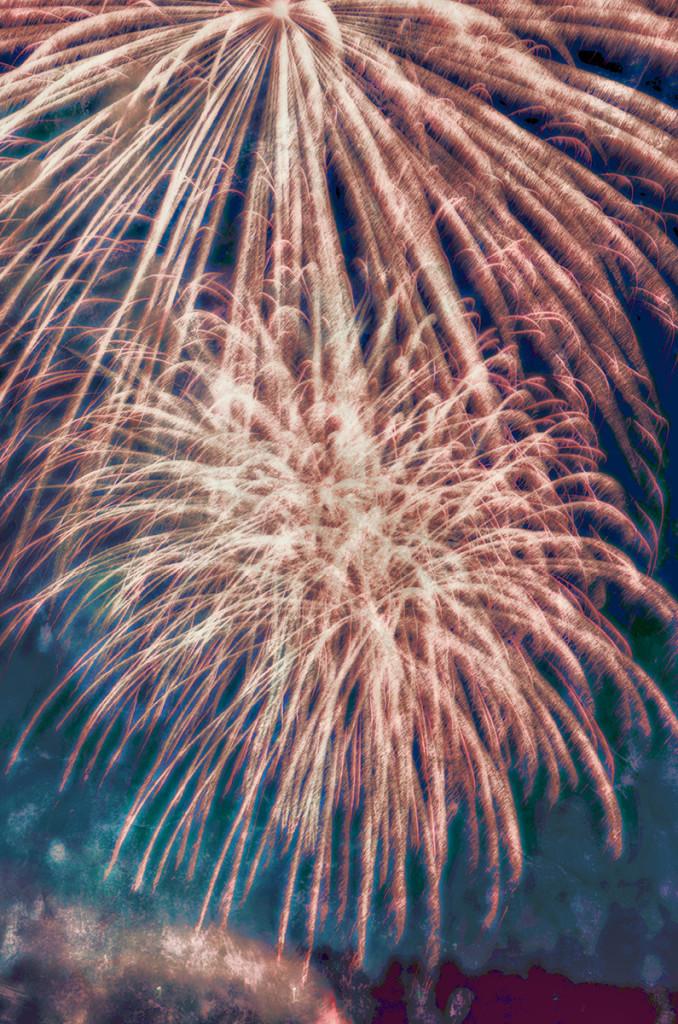 Fireworks 9.jpg 2.jpg 7.jpg web